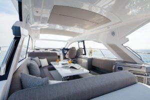 Azimut 51 maindeck  - yacht and sea