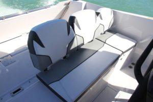 Scarab 255 Open pilot seat