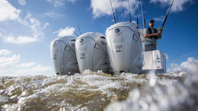 2018_YAM_V8_XTO_EU_WHITE_ACT_003-yacht and sea