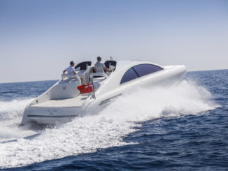 Mercedes silver Arrows 460 Granturismo - running 1 - Yacht and Sea