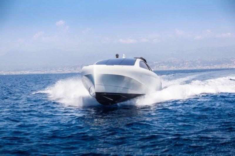 Mercedes silver Arrows 460 Granturismo - running 4 - Yacht and Sea