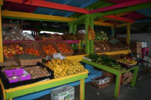 Potter Cay market 2 - Bahamas - yacht and sea