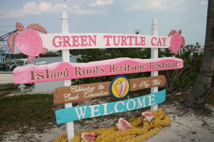 Green Turtle Cay - Bahamas - yacht and sea