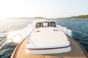 Vicem 65 IPS Classic deck - yacht and sea