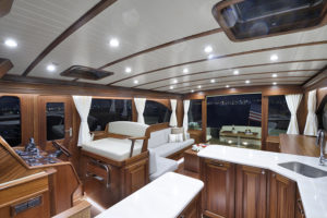 Vicem 65 IPS Classic interior 2 - yacht and sea