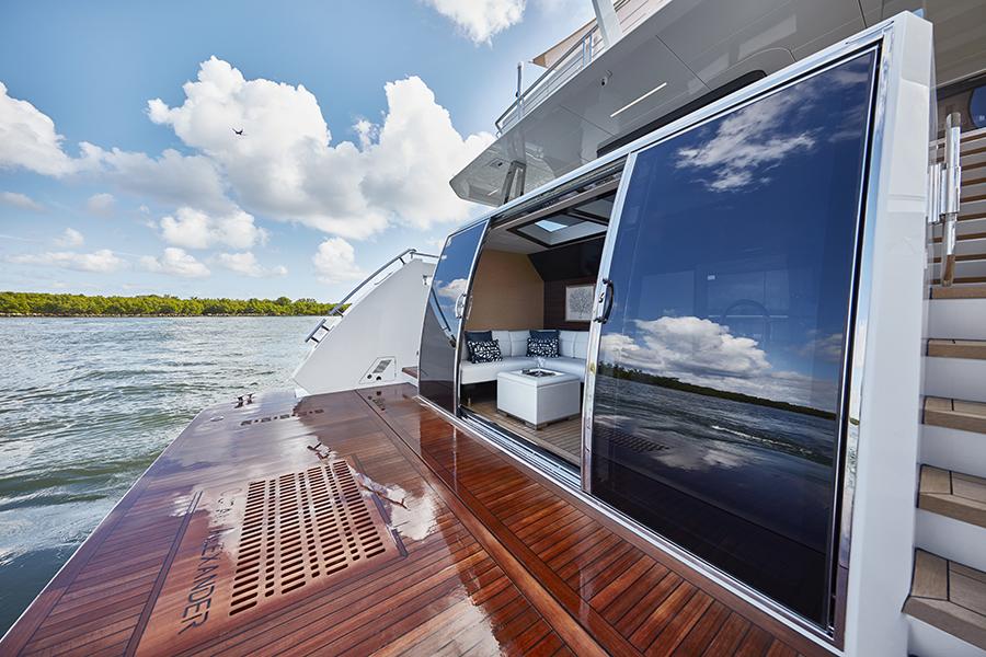 Ocean Alexander 90R Beach_Club_126 yacht and sea