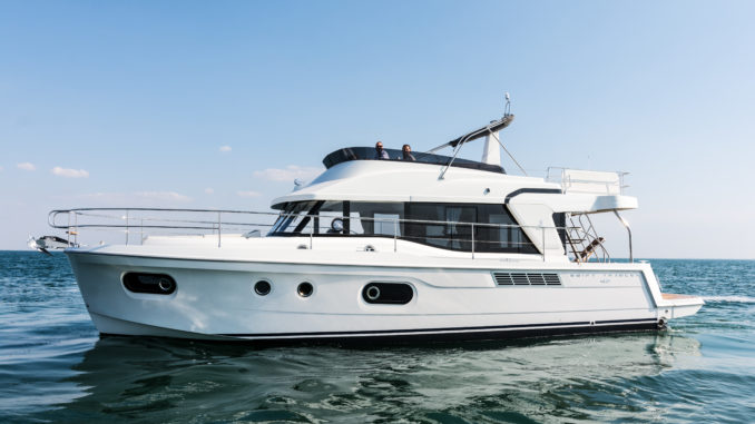 Beneteau Swift Trawler 47 anchor - yacht and sea