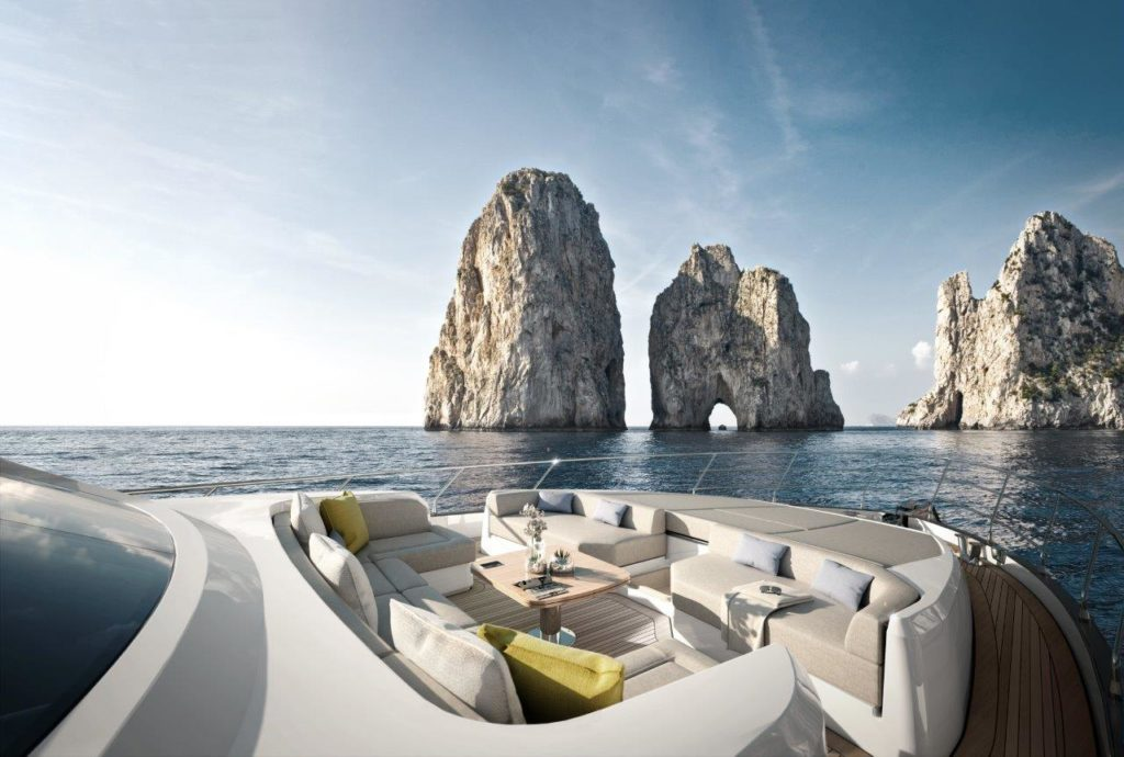 Azimut 78_Fore lounge area_yacht_and_sea