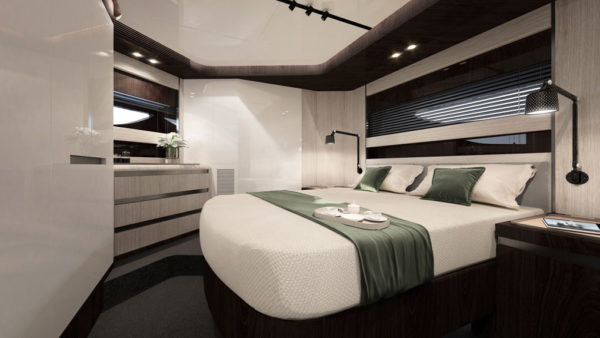 Azimut S10_VIP cabin_yacht and sea