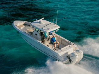 Boston Whaler 330 Outrage - 1 - yacht and sea