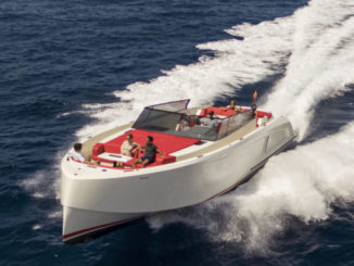 Vanquish Q54 - yacht and sea