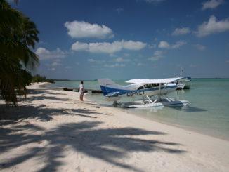 Sailing the Bahamas - Yacht and Sea