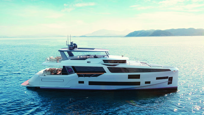 Sirena_88_exterior_yacht and sea